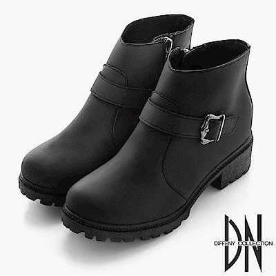 DN 街頭風格 個性腰帶飾釦低筒短靴-黑