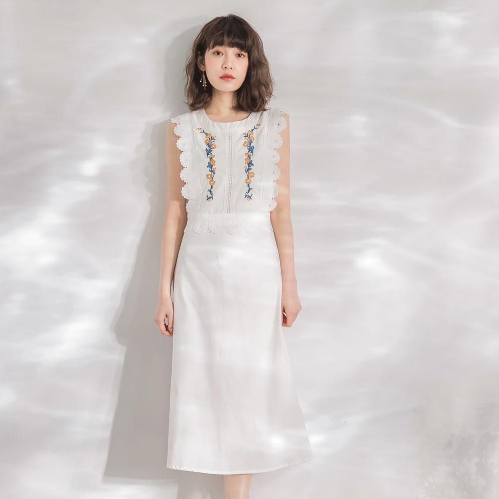 高含棉花朵刺繡蕾絲雕花無袖洋裝-OB嚴選