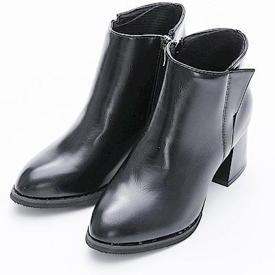 River&Moon短靴-側邊造型微尖頭粗跟短靴-黑