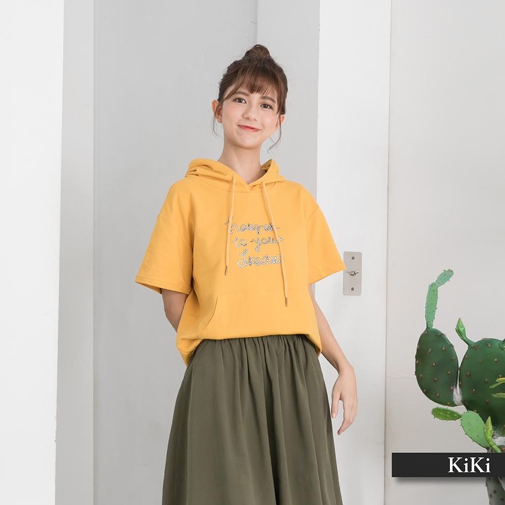 【KiKi】春夏款標語連帽-上衣(二色/版型適中/魅力價格)