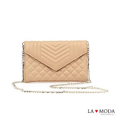 La Moda 人氣小香風菱格紋輕巧信封造型約會晚宴鏈帶包(杏色)