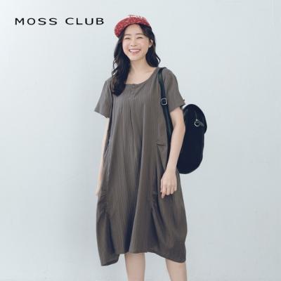 【MOSS CLUB】條紋抓皺造型-洋裝(黑色)
