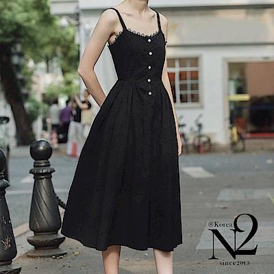 洋裝 法式復古黑色花邊吊帶收腰過膝連衣裙洋裝(黑)N2