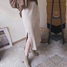 TMH-闆娘自留款/排扣開衩針織長裙-2色