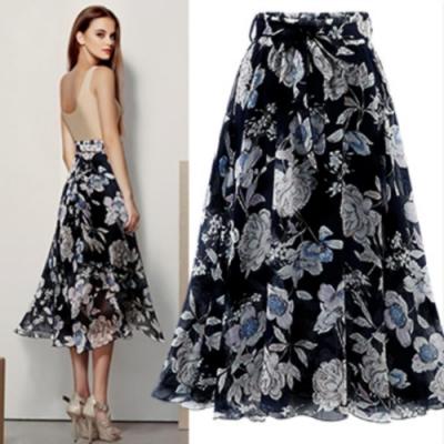 MOCO鬆緊腰花朵幾何印花腰綁帶雪紡半身裙大擺裙