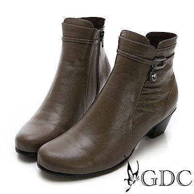 GDC-真皮抓皺小扣飾時尚小短靴-卡其色