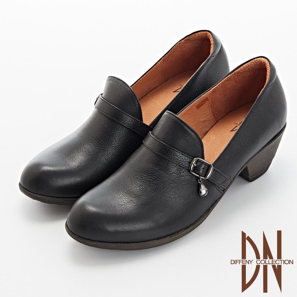 DN跟鞋_優雅水滴飾扣妝點真皮樂福跟鞋-黑