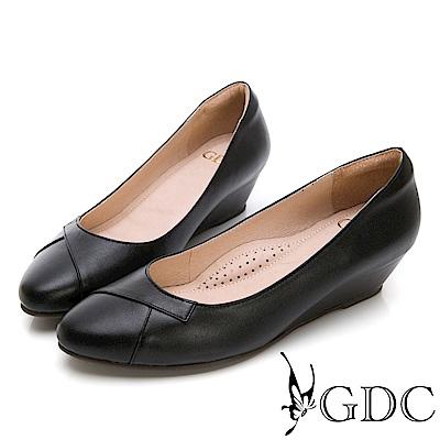 GDC-真皮圓頭基本上班素色楔型跟鞋-黑色