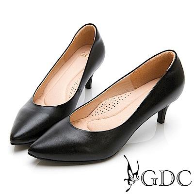 GDC-真皮質感裸色系素面上班必備心機尖頭中跟鞋-黑色