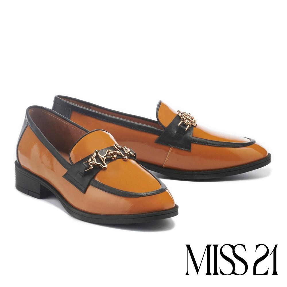 低跟鞋 MISS 21 復古不規則造型金屬撞色樂福低跟鞋-橘棕