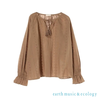 earth music 刺繡蕾絲流蘇糖果袖上衣