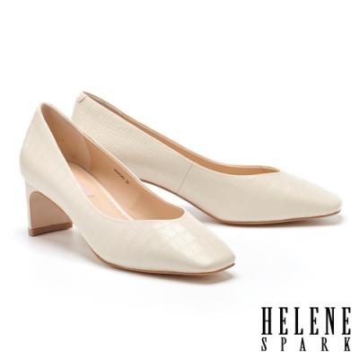 高跟鞋 HELENE SPARK 質感鱷魚壓紋方頭扁平造型高跟鞋-米