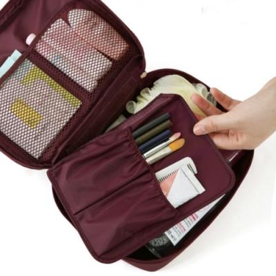 旅遊首選 多隔層防潑水 盥洗包 化妝包 收納包 旅行包 隨身包 洗漱包(酒紅)