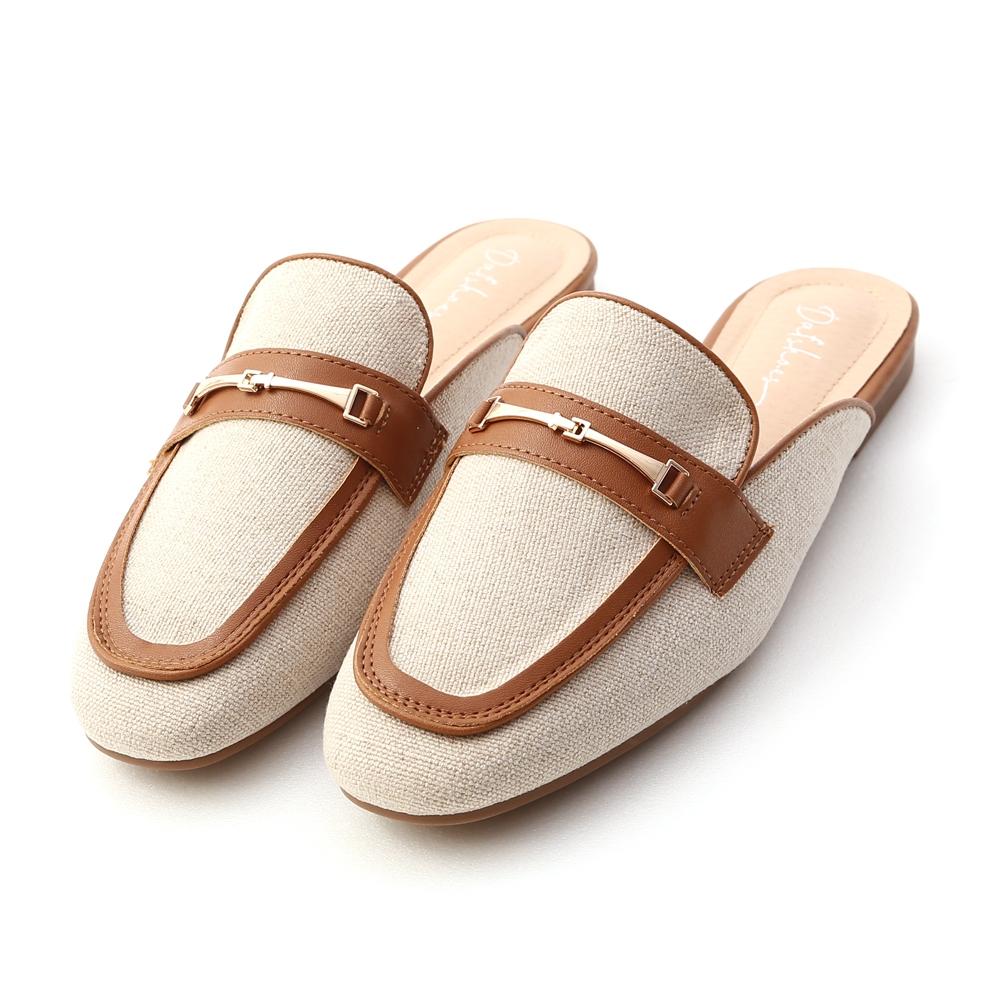 D+AF 愜意經典.馬銜釦拼接平底穆勒鞋*棕