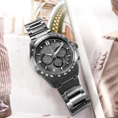 CITIZEN 光動能 三眼計時 日期 防水100米 不鏽鋼手錶-鍍灰/43mm