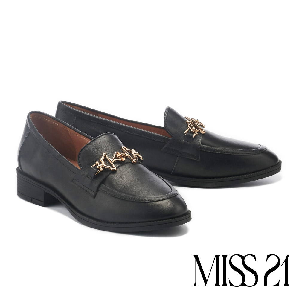 低跟鞋 MISS 21 復古不規則造型金屬純色樂福低跟鞋-黑