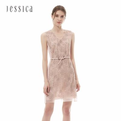JESSICA - 甜美粉色V領蕾絲繡花無袖洋裝