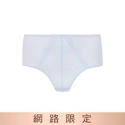黛安芬-美型嚴選系列 包臀中高腰三角內褲 M-EEL 甜蜜藍