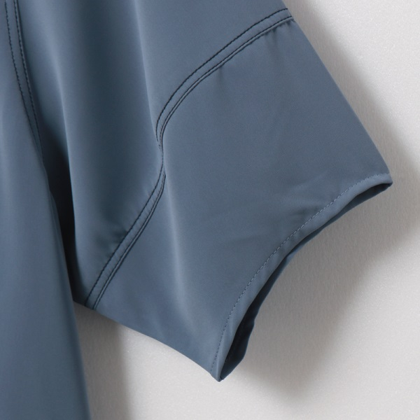 不易皺純色配色車縫v領排釦短袖上衣-OB大尺碼