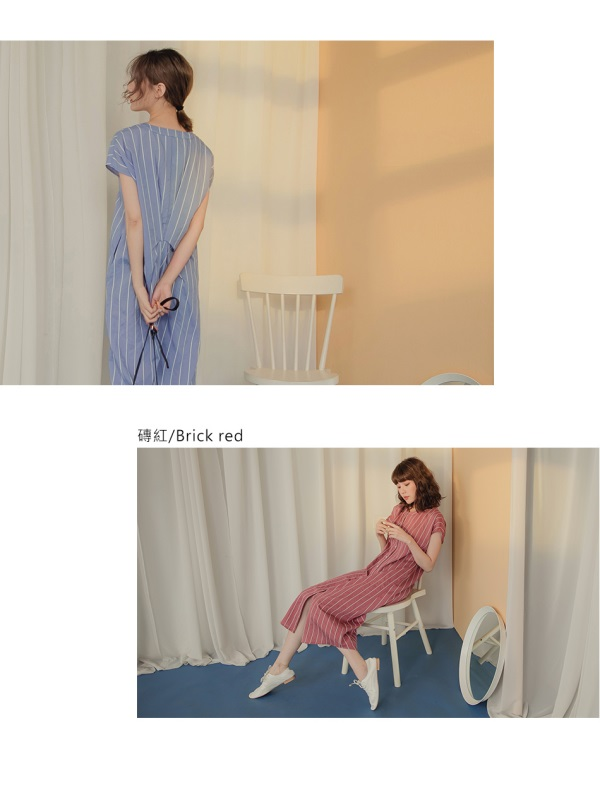 小V領直條紋背後造型排釦連袖寬鬆長洋裝-OB大尺碼