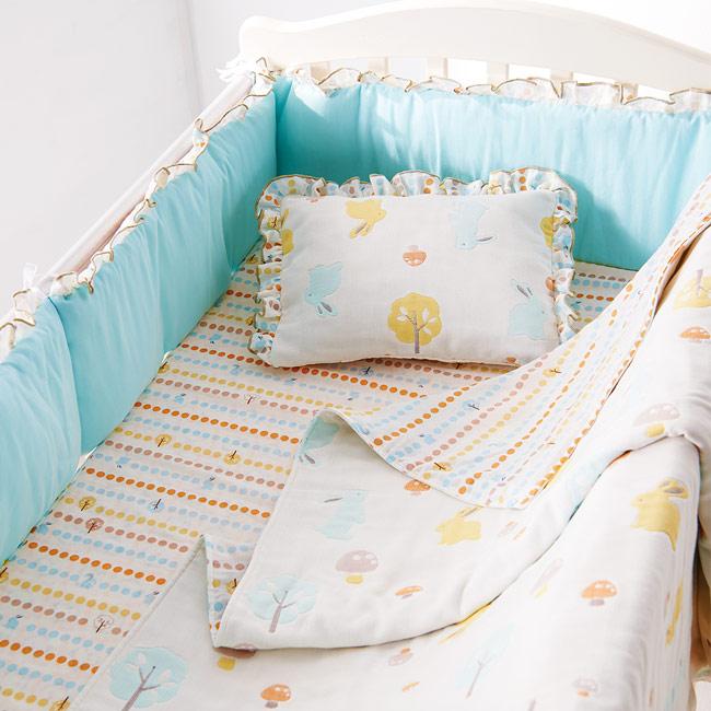 奇哥 比得兔中床+快樂森林六層紗寢具組-M