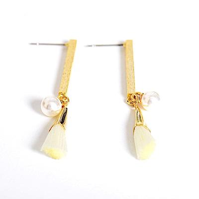 微醺禮物 正韓 鋼針 金色樹枝紋棍子 白色流蘇 人造珍珠 垂墜款 耳針 耳環