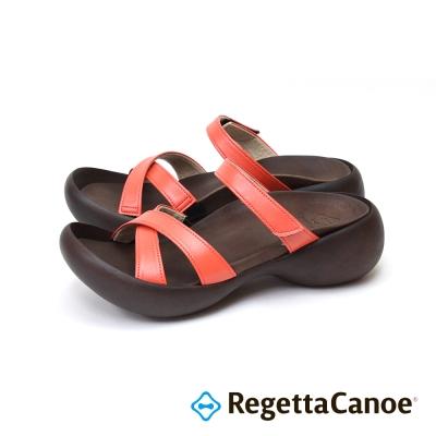 RegettaCanoe-交叉皮革鞋面 蛋型鞋底樂步鞋-珊瑚紅