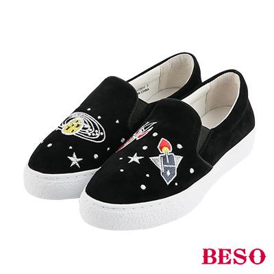 BESO宇宙星球 大夢想家不對稱電繡休閒鞋~黑