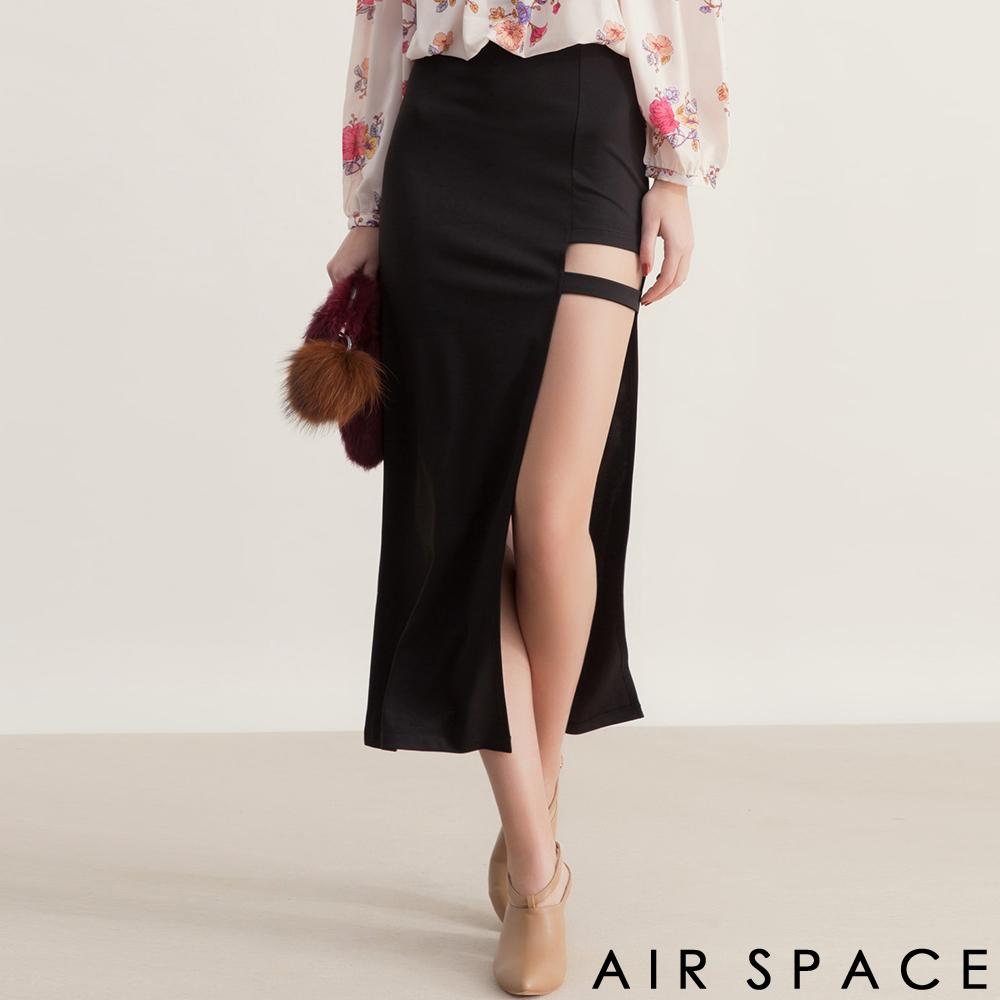 AIR SPACE性感鏤空不對稱繫帶高腰長裙黑
