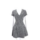 Michael Kors 黑x白色V領短袖洋裝