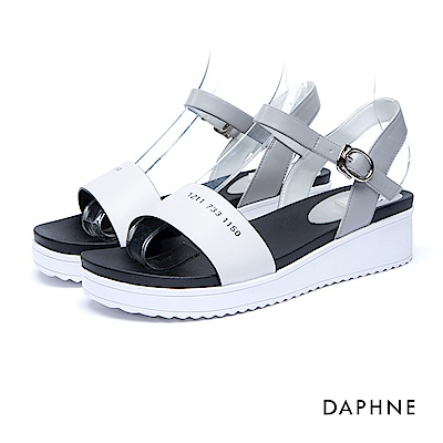 達芙妮DAPHNE 涼鞋-一字寬帶繞踝印花厚底涼鞋-白