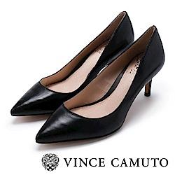 Vince Camuto 都會風尚 原色尖頭曲線高跟鞋-黑色
