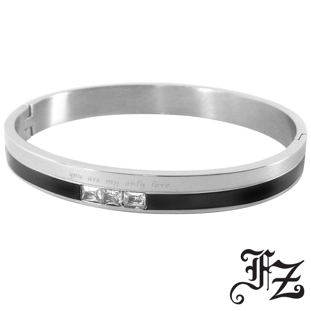 FZ  愛情誓約T鑽白鋼手環(黑色)