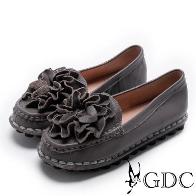 GDC-真皮舒適立體花卉縫線休閒鞋-深灰色