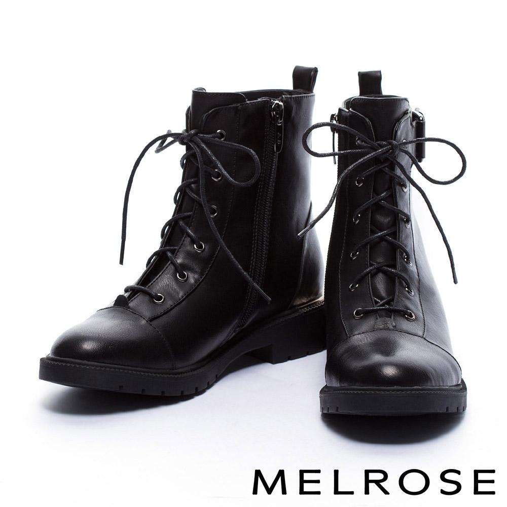 短靴MELROSE質感個性俐落剪裁金屬釦帶造型綁帶皮革粗跟短靴-黑