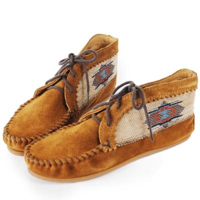 MINNETONKA 深棕色麂皮刺繡莫卡辛 女短靴 (展示品)