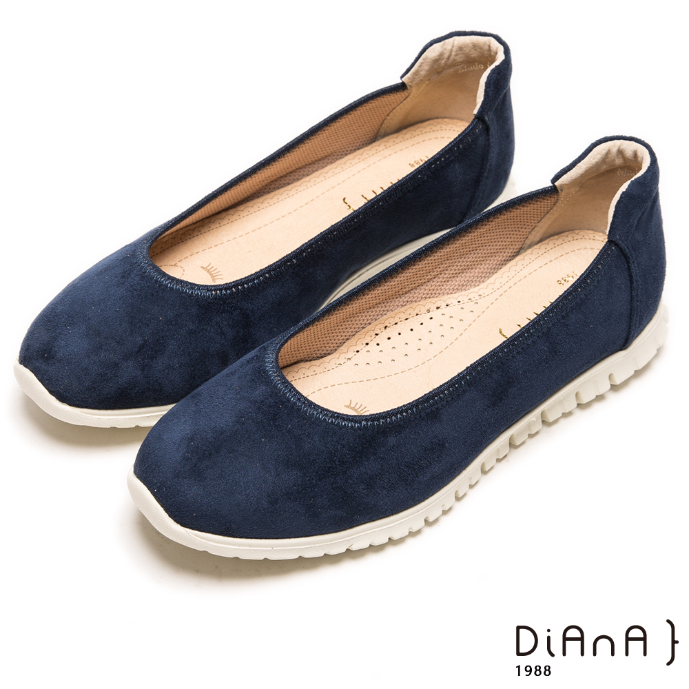 DIANA 漫步雲端焦糖美人款--知性霧感羊絨娃娃鞋-深紺藍