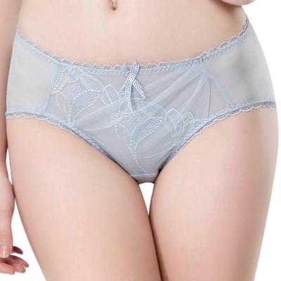 思薇爾 羽霓精靈系列M-XXL蕾絲刺繡中腰三角內褲(星晨灰)