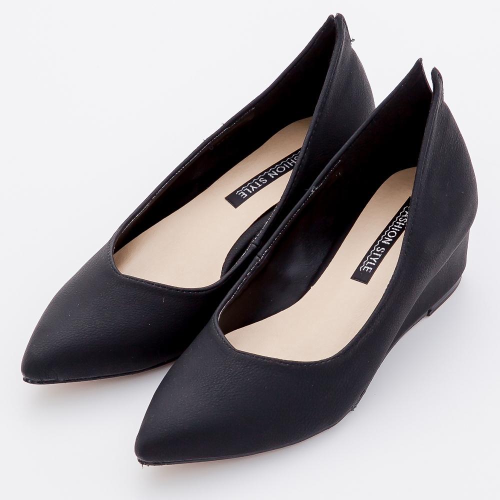 River&Moon-輕熟知性後開岔素面美形楔型尖頭鞋-黑