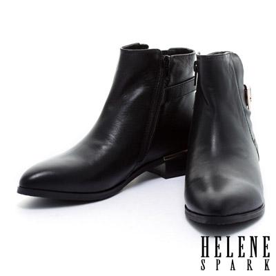 踝靴-HELENE-SPARK-後側皮帶造型素面尖頭粗跟踝靴-黑牛皮