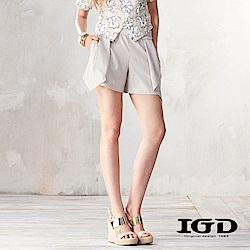 IGD英格麗 活摺剪裁設計短褲-卡其