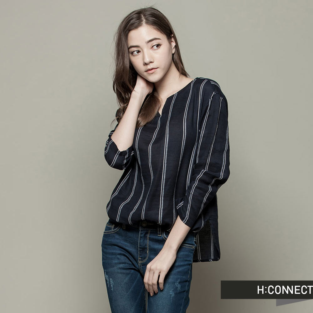 H:CONNECT 韓國品牌  女裝 - 小V領條紋長袖上衣 - 藍