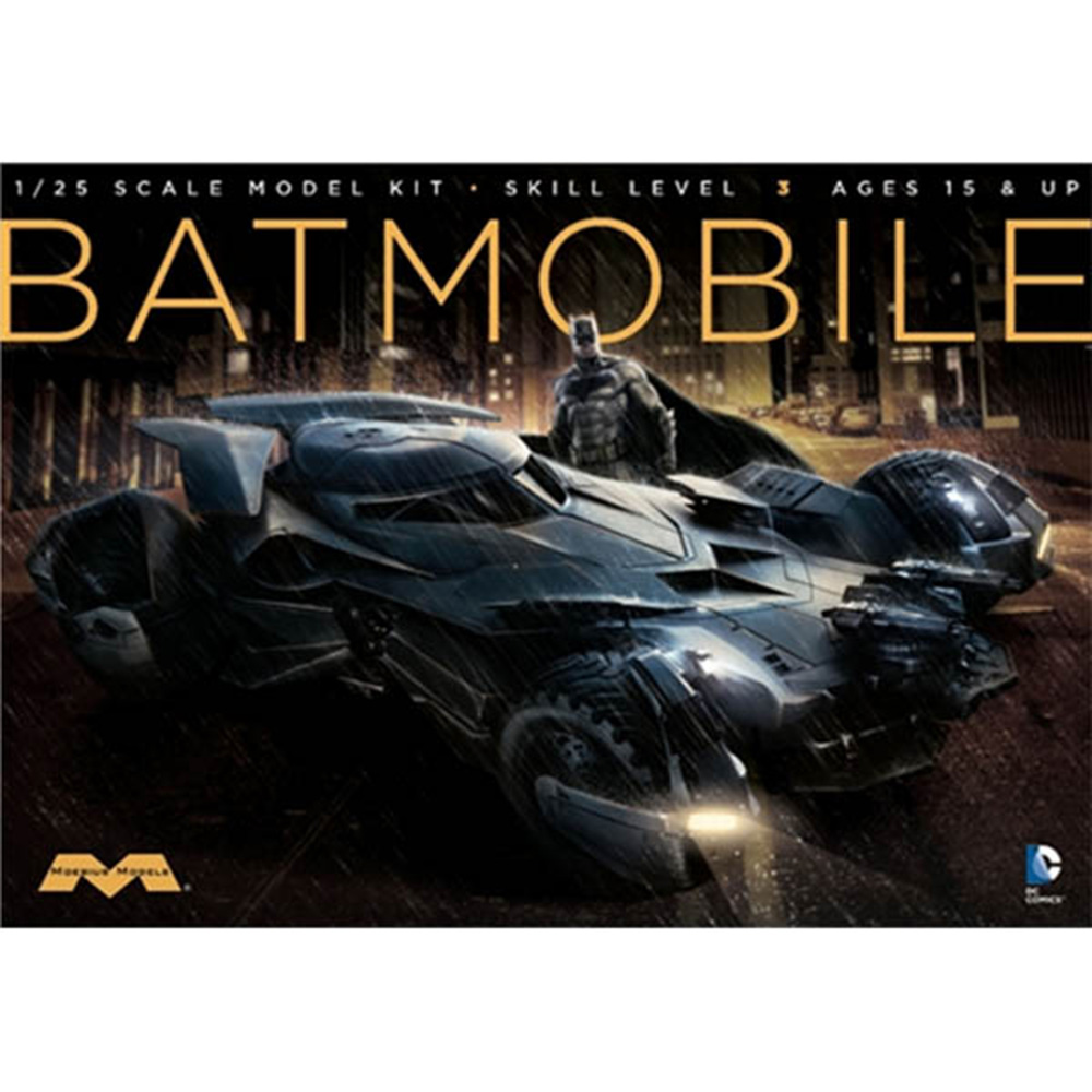 MOEBIUS MODELS DC 蝙蝠俠對超人 正義曙光 蝙蝠車 1/25 組裝模型