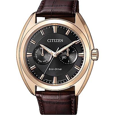 CITIZEN 星辰Eco-Drive光動能日曆手錶-玫瑰金框x咖啡/ 43mm