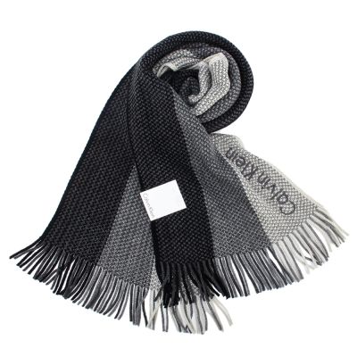 Calvin Klein CK 雙色混織刺繡LOGO條紋針織圍巾-黑灰色