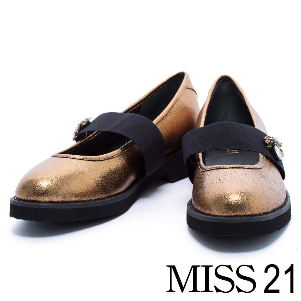 跟鞋 MISS 21 復古水鑽小蜜蜂金屬牛皮鬆緊帶低跟娃娃鞋-金
