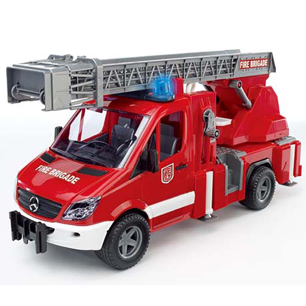 《BRUDER》1:16 消防車