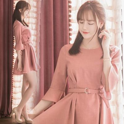 正韓-素面花邊袖綁帶傘狀擺洋裝-粉-Pink東大門