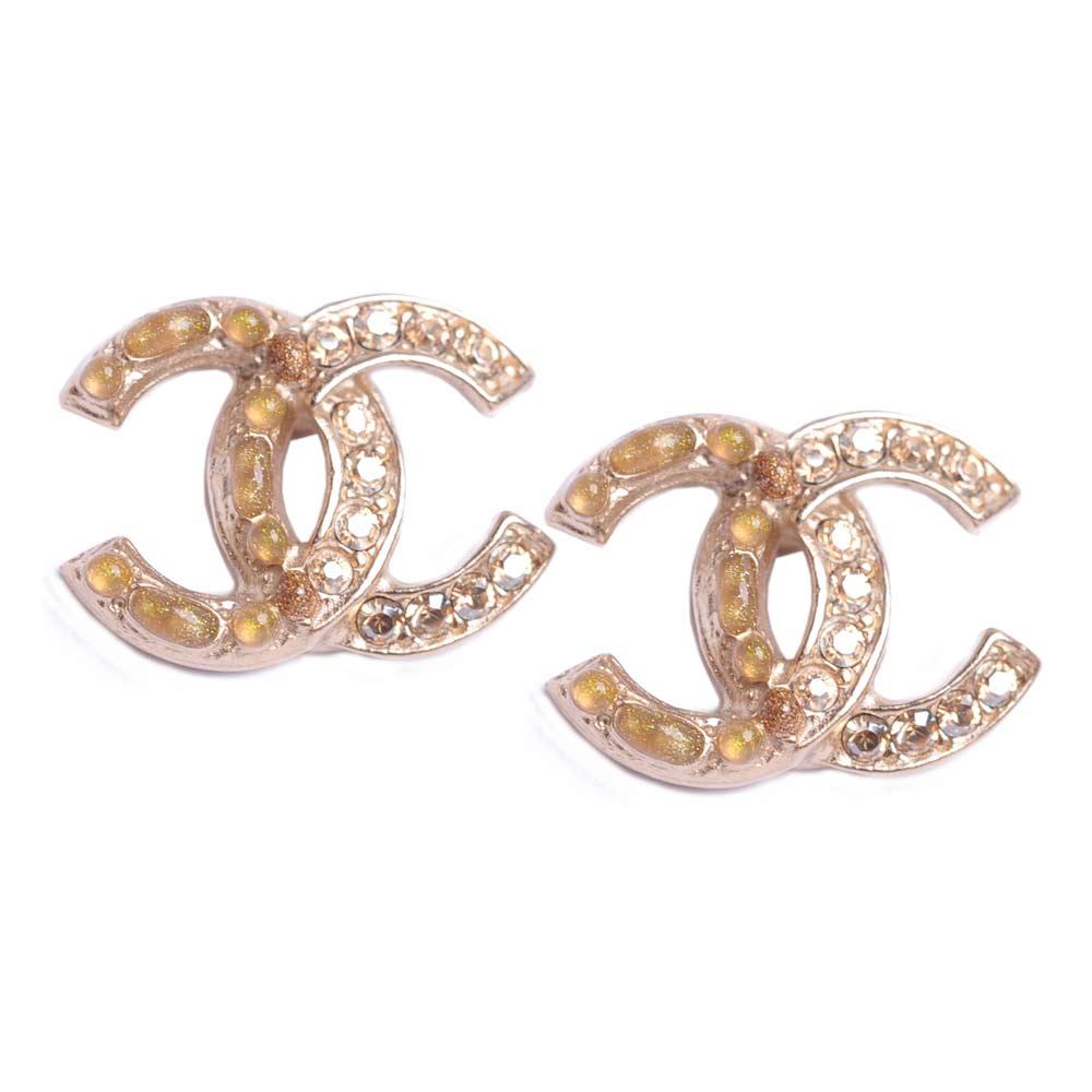 CHANEL 香奈兒奢華風雙C LOGO水鑽拼接寶石鑲嵌金色系耳環(耳針式)