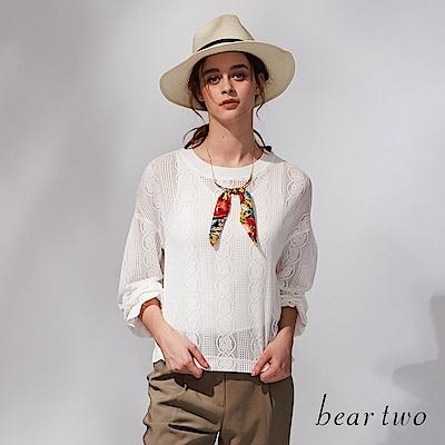 beartwo 縷空感透膚造型針織上衣(二色)-動態show